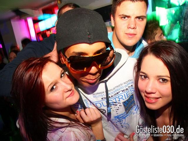 https://www.gaesteliste030.de/Partyfoto #112 Q-Dorf Berlin vom 05.10.2012