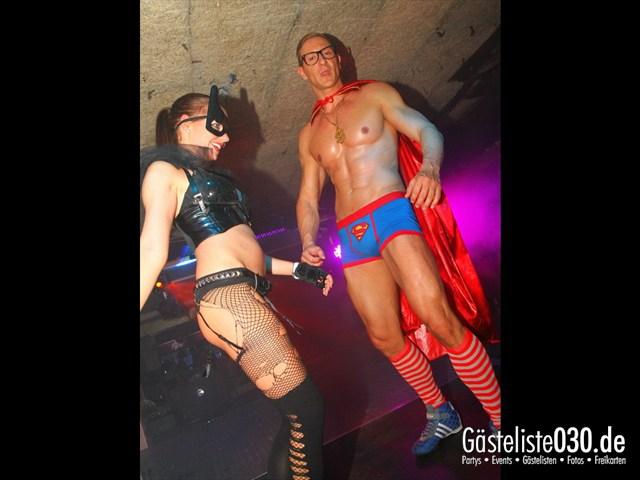 https://www.gaesteliste030.de/Partyfoto #232 Q-Dorf Berlin vom 05.10.2012
