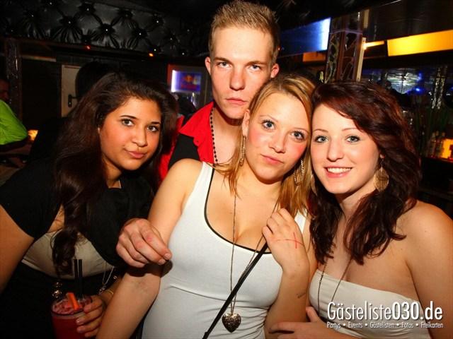 https://www.gaesteliste030.de/Partyfoto #122 Q-Dorf Berlin vom 05.10.2012