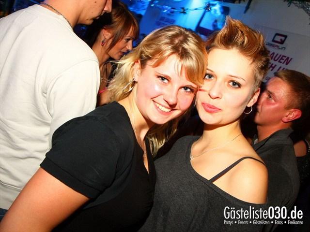 https://www.gaesteliste030.de/Partyfoto #18 Q-Dorf Berlin vom 05.10.2012