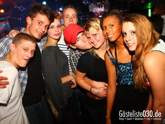 https://www.gaesteliste030.de/Partyfoto #67 Q-Dorf Berlin vom 05.10.2012