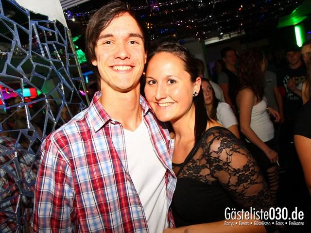 https://www.gaesteliste030.de/Partyfoto #130 Q-Dorf Berlin vom 05.10.2012