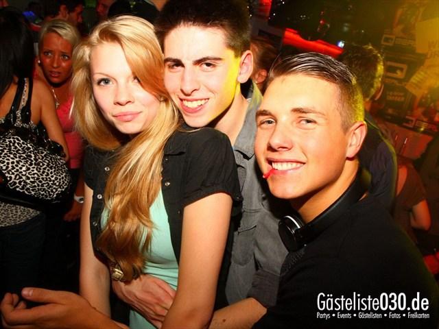 https://www.gaesteliste030.de/Partyfoto #145 Q-Dorf Berlin vom 05.10.2012