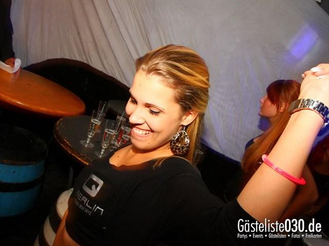 https://www.gaesteliste030.de/Partyfoto #131 Q-Dorf Berlin vom 05.10.2012