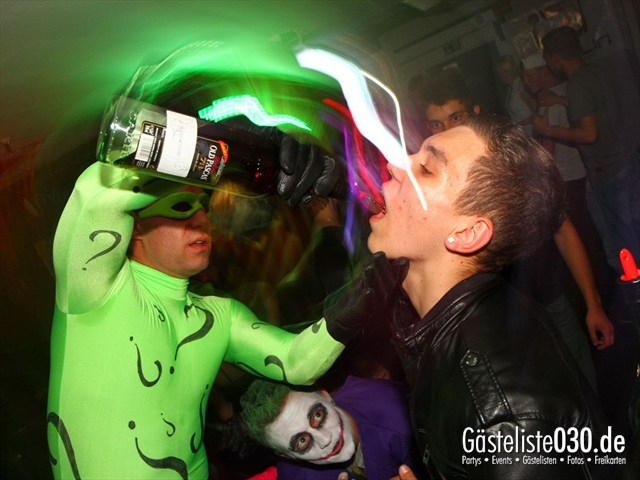 https://www.gaesteliste030.de/Partyfoto #196 Q-Dorf Berlin vom 05.10.2012
