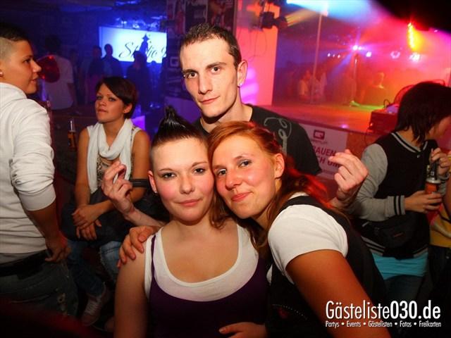 https://www.gaesteliste030.de/Partyfoto #173 Q-Dorf Berlin vom 05.10.2012