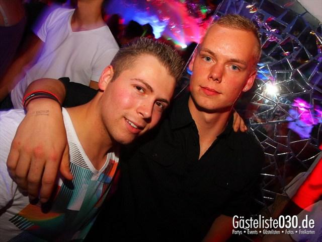 https://www.gaesteliste030.de/Partyfoto #167 Q-Dorf Berlin vom 05.10.2012