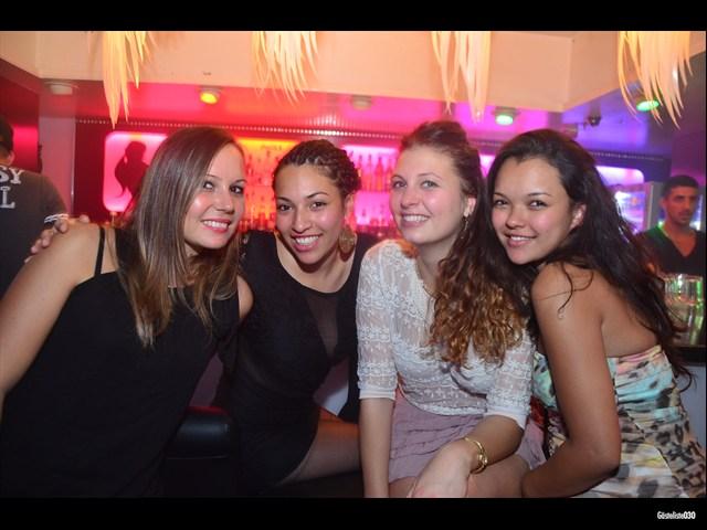 https://www.gaesteliste030.de/Partyfoto #60 Maxxim Berlin vom 03.10.2012