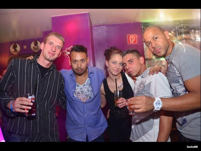 https://www.gaesteliste030.de/Partyfoto #110 Maxxim Berlin vom 03.10.2012