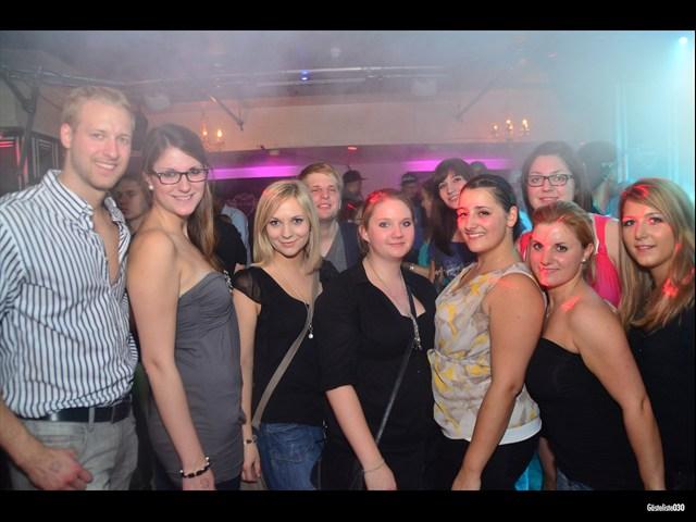 https://www.gaesteliste030.de/Partyfoto #101 Maxxim Berlin vom 03.10.2012