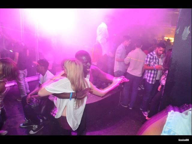 https://www.gaesteliste030.de/Partyfoto #92 Maxxim Berlin vom 03.10.2012