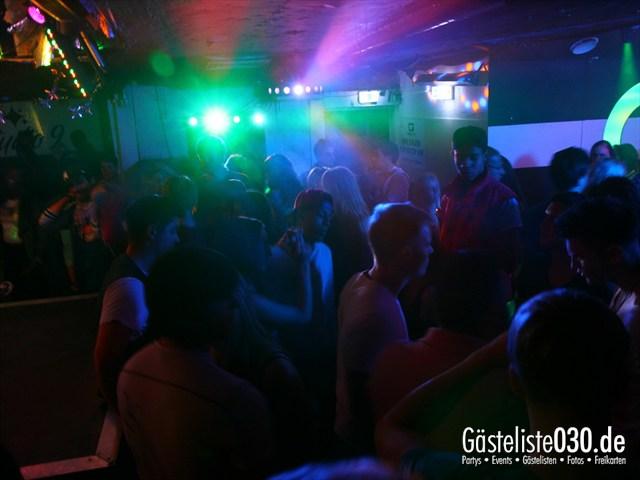 https://www.gaesteliste030.de/Partyfoto #20 Q-Dorf Berlin vom 09.10.2012