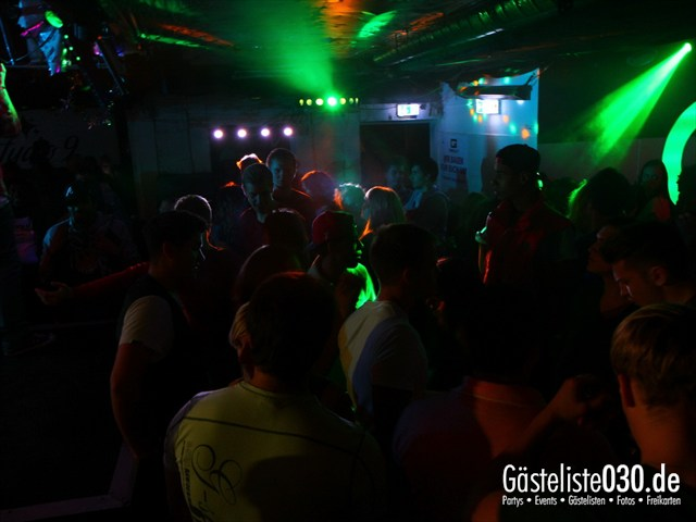 https://www.gaesteliste030.de/Partyfoto #45 Q-Dorf Berlin vom 09.10.2012