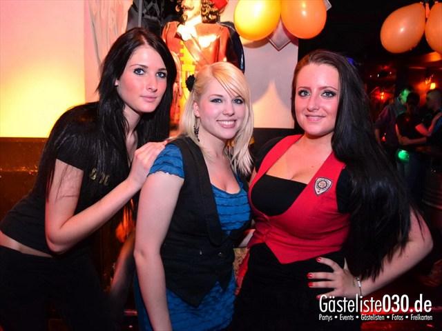 https://www.gaesteliste030.de/Partyfoto #121 Q-Dorf Berlin vom 02.06.2012
