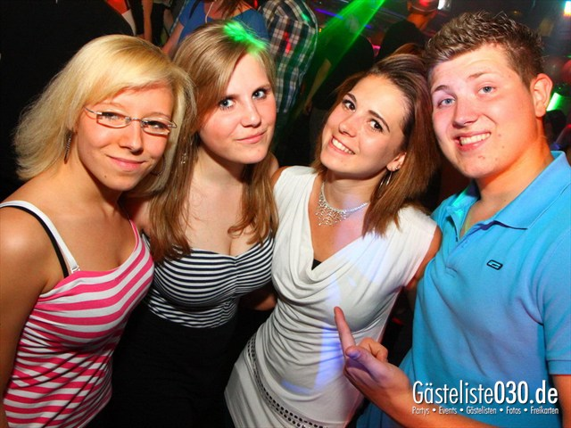 https://www.gaesteliste030.de/Partyfoto #180 Q-Dorf Berlin vom 02.06.2012