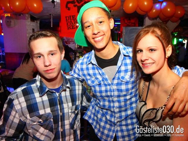 https://www.gaesteliste030.de/Partyfoto #215 Q-Dorf Berlin vom 02.06.2012