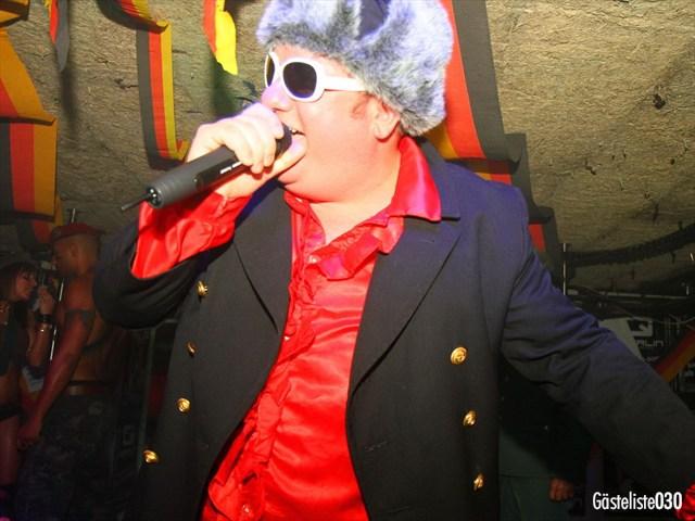 https://www.gaesteliste030.de/Partyfoto #33 Q-Dorf Berlin vom 03.10.2012