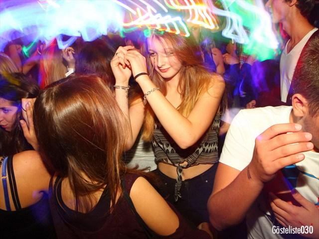 https://www.gaesteliste030.de/Partyfoto #22 Q-Dorf Berlin vom 03.10.2012