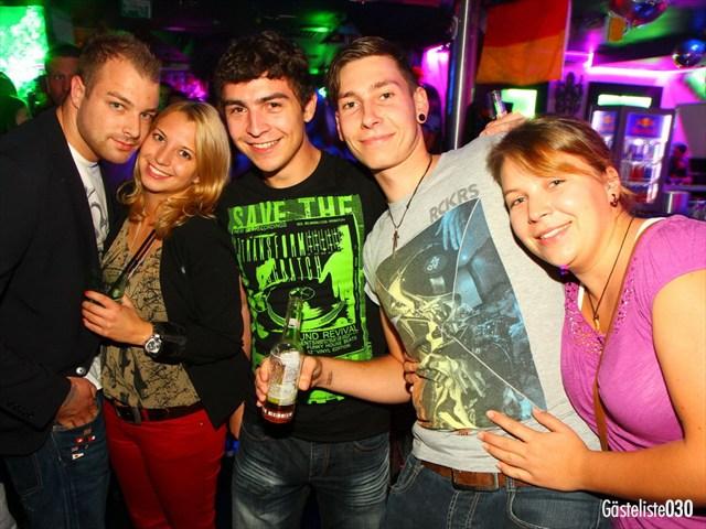 https://www.gaesteliste030.de/Partyfoto #19 Q-Dorf Berlin vom 03.10.2012