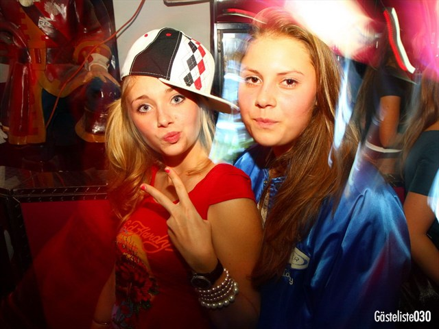 https://www.gaesteliste030.de/Partyfoto #38 Q-Dorf Berlin vom 03.10.2012