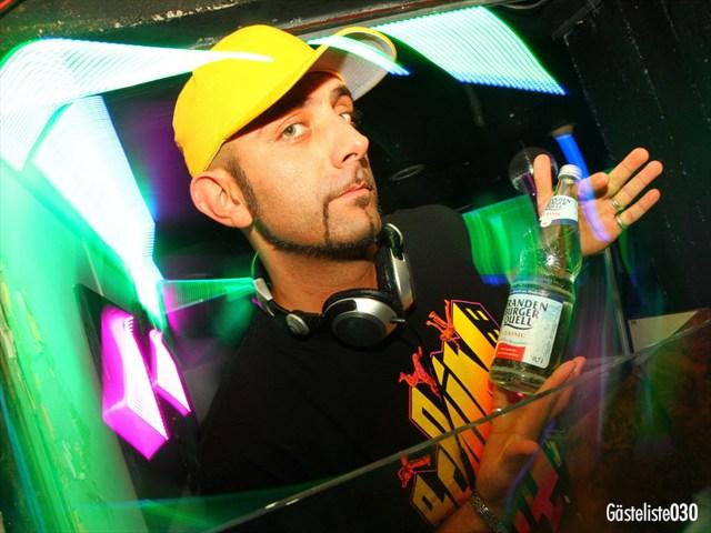 https://www.gaesteliste030.de/Partyfoto #54 Q-Dorf Berlin vom 03.10.2012