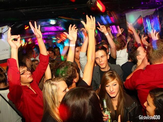 https://www.gaesteliste030.de/Partyfoto #96 Q-Dorf Berlin vom 03.10.2012