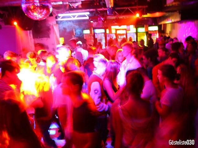 https://www.gaesteliste030.de/Partyfoto #191 Q-Dorf Berlin vom 03.10.2012