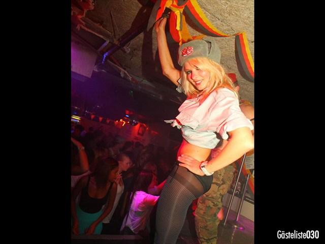 https://www.gaesteliste030.de/Partyfoto #99 Q-Dorf Berlin vom 03.10.2012