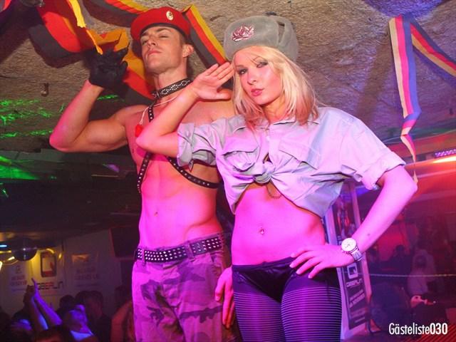 https://www.gaesteliste030.de/Partyfoto #195 Q-Dorf Berlin vom 03.10.2012