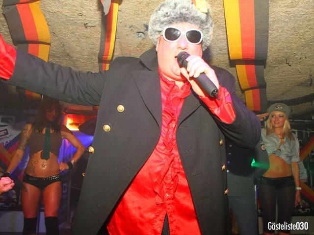 https://www.gaesteliste030.de/Partyfoto #121 Q-Dorf Berlin vom 03.10.2012