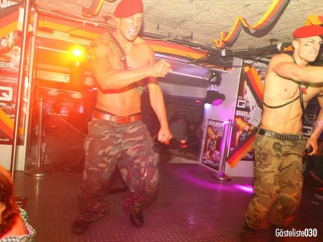 https://www.gaesteliste030.de/Partyfoto #12 Q-Dorf Berlin vom 03.10.2012