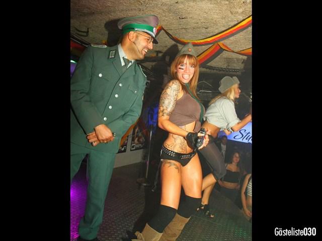 https://www.gaesteliste030.de/Partyfoto #125 Q-Dorf Berlin vom 03.10.2012