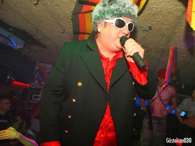 https://www.gaesteliste030.de/Partyfoto #198 Q-Dorf Berlin vom 03.10.2012