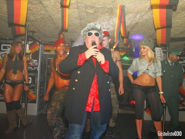 https://www.gaesteliste030.de/Partyfoto #162 Q-Dorf Berlin vom 03.10.2012