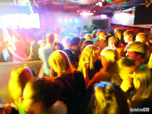 https://www.gaesteliste030.de/Partyfoto #173 Q-Dorf Berlin vom 03.10.2012