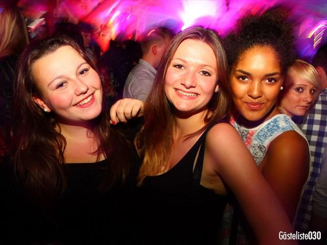 https://www.gaesteliste030.de/Partyfoto #130 Q-Dorf Berlin vom 03.10.2012