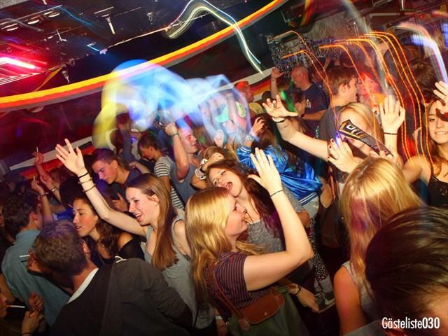https://www.gaesteliste030.de/Partyfoto #120 Q-Dorf Berlin vom 03.10.2012