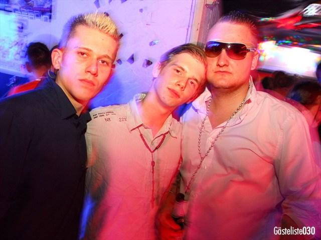 https://www.gaesteliste030.de/Partyfoto #167 Q-Dorf Berlin vom 03.10.2012