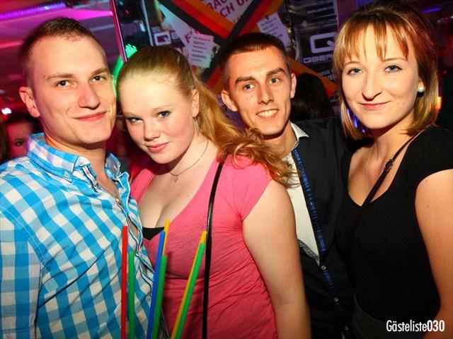 https://www.gaesteliste030.de/Partyfoto #141 Q-Dorf Berlin vom 03.10.2012