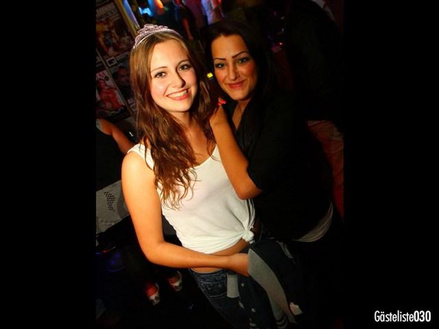https://www.gaesteliste030.de/Partyfoto #34 Q-Dorf Berlin vom 03.10.2012