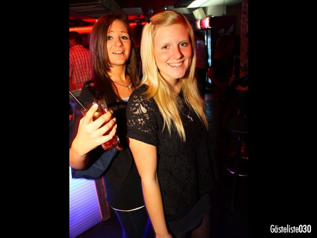 https://www.gaesteliste030.de/Partyfoto #62 Q-Dorf Berlin vom 03.10.2012