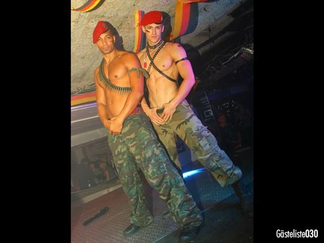 https://www.gaesteliste030.de/Partyfoto #185 Q-Dorf Berlin vom 03.10.2012