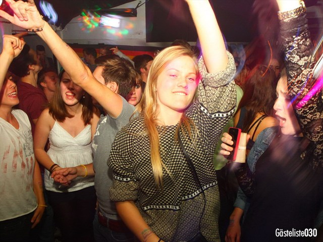 https://www.gaesteliste030.de/Partyfoto #145 Q-Dorf Berlin vom 03.10.2012