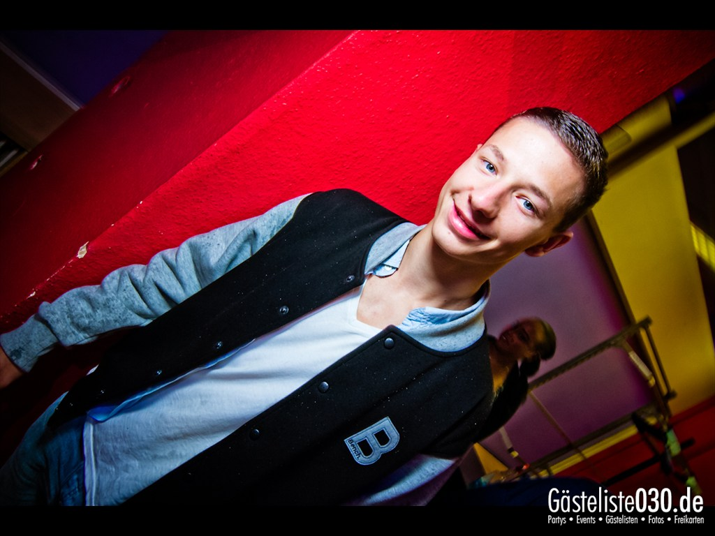 Partyfoto #50 Q-Dorf 18.09.2012 Black Attack