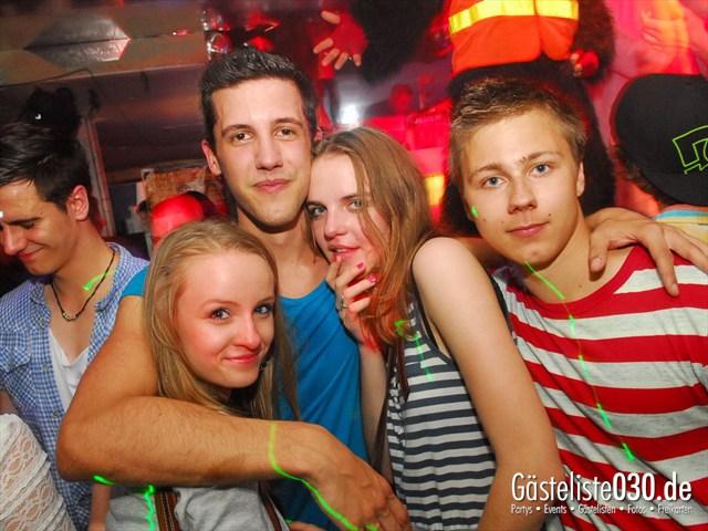 https://www.gaesteliste030.de/Partyfoto #48 Q-Dorf Berlin vom 04.07.2012