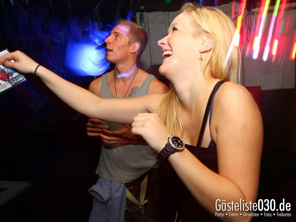 Partyfoto #49 Q-Dorf 25.09.2012 Black Attack