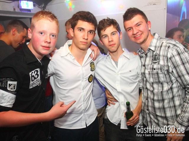 https://www.gaesteliste030.de/Partyfoto #241 Q-Dorf Berlin vom 15.06.2012