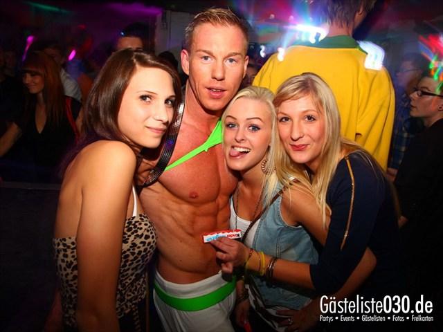 https://www.gaesteliste030.de/Partyfoto #14 Q-Dorf Berlin vom 11.10.2012