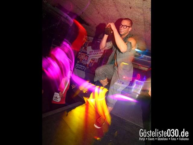 https://www.gaesteliste030.de/Partyfoto #103 Q-Dorf Berlin vom 11.10.2012
