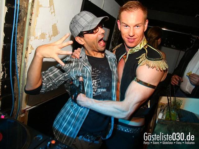 https://www.gaesteliste030.de/Partyfoto #36 Q-Dorf Berlin vom 11.10.2012